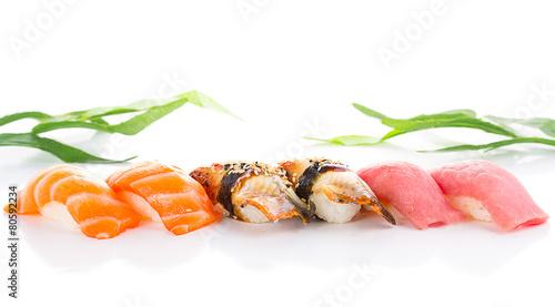 Cadres-photo bureau Condiment Sushi nigiri set isolated on white background