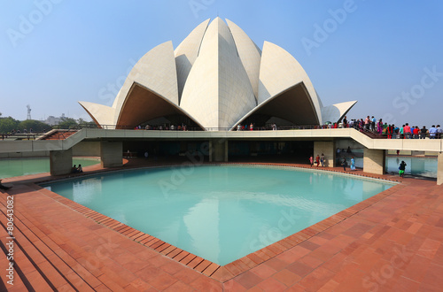 Montage in der Fensternische Delhi Lotus temple in New Delhi, India