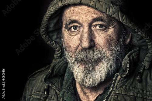 Obraz na plátně Very old homeless senior man portrait