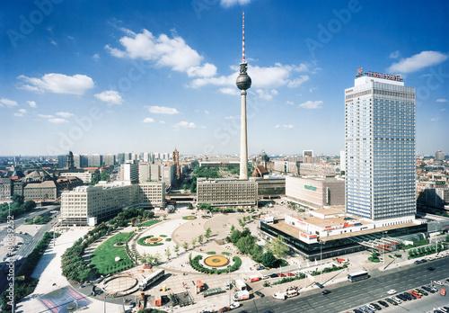 Fotografie, Obraz  Alexanderplatz bei Tag