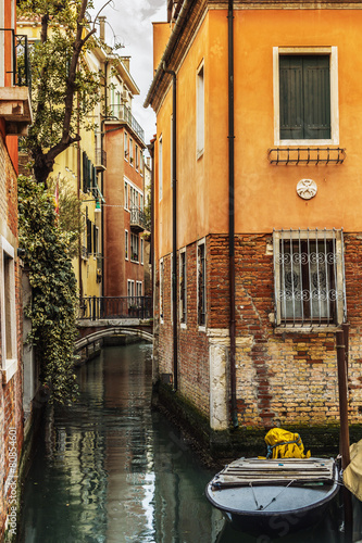 Foto op Plexiglas Venetie Venice, Italy - boats and old architecture with typical canal