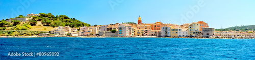 France - Saint Tropez - panoramic view from sea Canvas-taulu