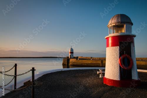 Montage in der Fensternische Leuchtturm Lighthouses on the harbor at Castletown