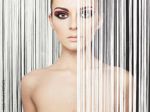 Αφίσα  Elegant futuristic lady