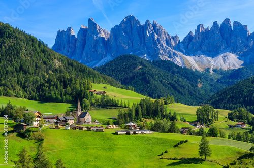 Fotografie, Obraz  View of mountain valley and Santa Maddalena village, Dolomites