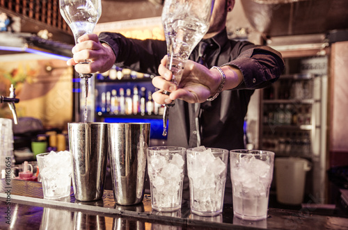 фотография  bartender at work