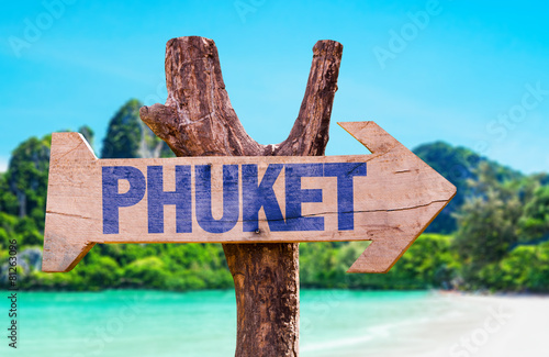Fotografie, Obraz  Phuket wooden sign with beach background