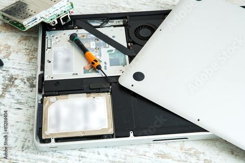 Fotografía  Laptop reparieren