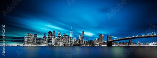 Panoramę Nowego Jorku w nocy