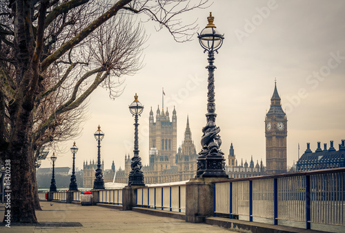 Big Ben and Houses of parliament, London - 81420238