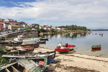 Fototapeta na wymiar Fishing boats in Naval beach