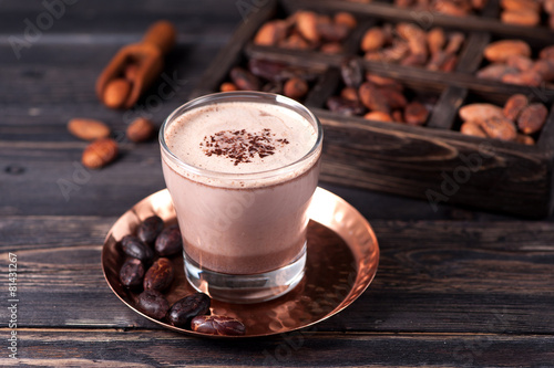 Foto op Canvas Chocolade cocoa drink and cocoa beans