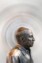 Metallbüste Des Berühmten Malers Pablo Picasso