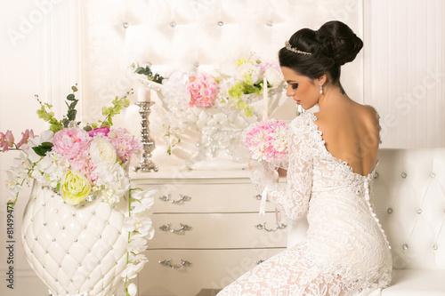 Fotografie, Obraz  Beautifu woman in wedding dress