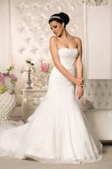 Naklejka Beautiful woman in wedding dress