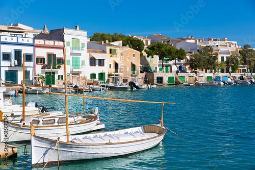 Photo Stands Pale violet Majorca Porto Colom Felanitx port in mallorca