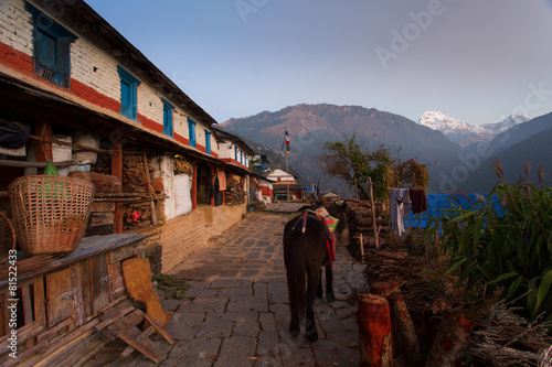 Foto op Aluminium Kuala Lumpur Traditional house in Himalaya Mountain Village with Annapurna I