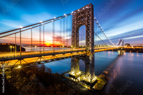 Photo  George Washington Bridge at sunrise