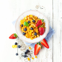 Cornflakes With Berries