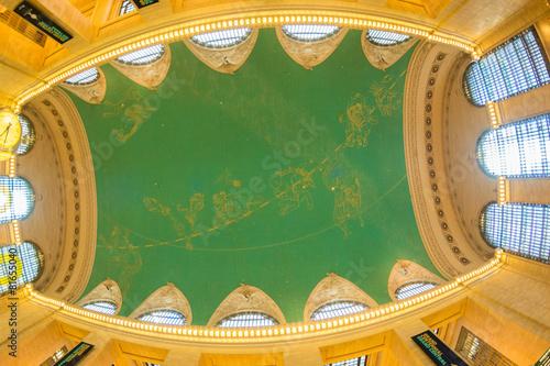 Photo  NEW YORK CITY - MAY 20, 2013: Interior of Grand Central Terminal