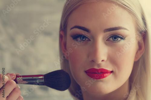 makeup - 81769262