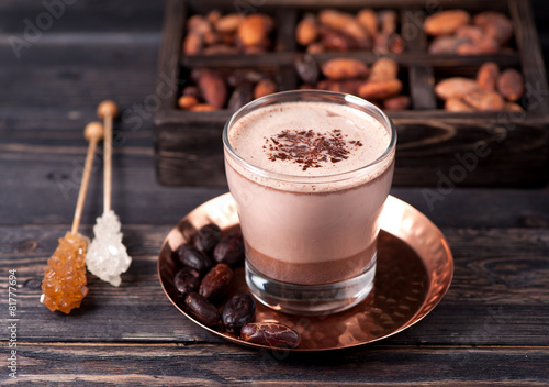 Foto op Canvas Chocolade Delicious hot cocoa with chocolate and cocoa beans