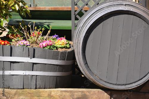 Fotografie, Obraz  macetero hecho con un viejo barril