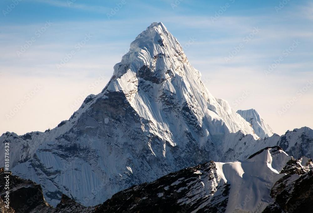 Fototapety, obrazy: Ama Dablam on the way to Everest Base Camp