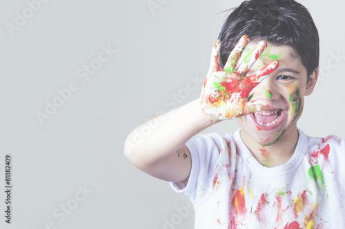 Photo  niño pintado