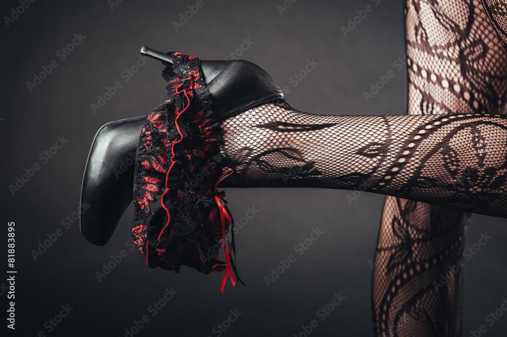 Obraz Sexy beautiful naked woman in black erotic lingerie on dark fototapeta, plakat