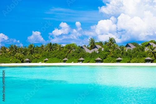 Foto op Plexiglas Caraïben Beautiful white sand beach and Indian ocean