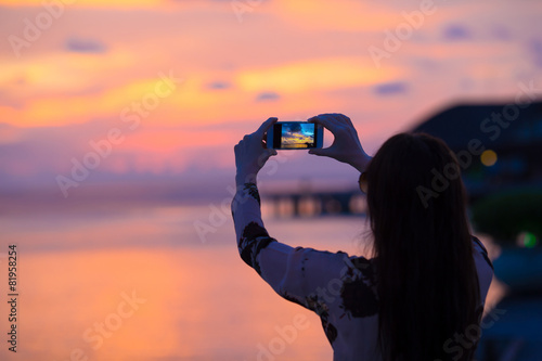 Poster Corail Beautiful colorful sunset in tropical island at Maldives