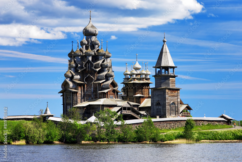 Fototapety, obrazy: Wooden churches on island Kizhi on lake Onega, Russia