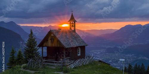 Leinwand Poster Sonnenuntergang in den Bergen