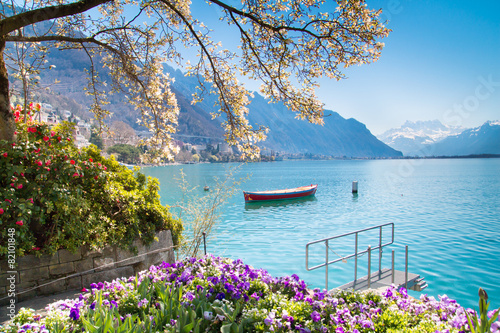 Canvas Print Flowers, Mountains and Lake Geneva in Montreux, Switzerland