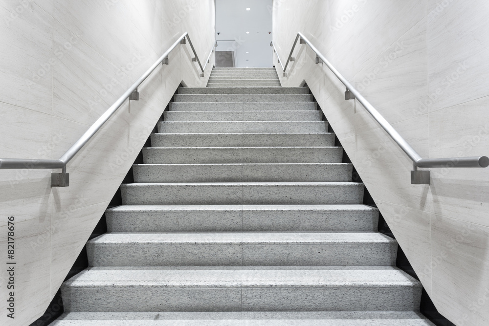 Fototapety, obrazy: stairs in building corridor