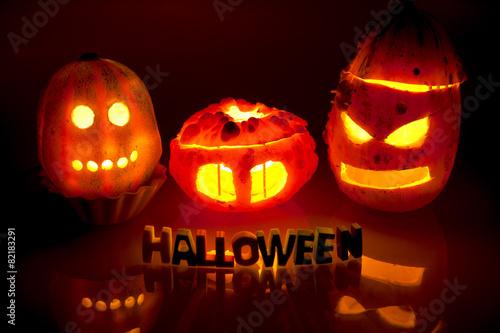 Halloween Gruppo.Gruppo Zucche Con Scritta Halloween Buy This Stock Photo And