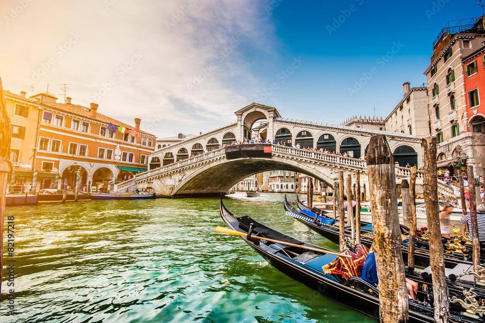 Fototapety, obrazy: Canal Grande with Rialto Bridge at sunset, Venice, Italy