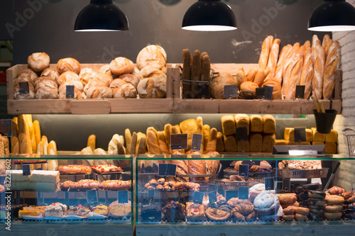 Foto op Plexiglas Bakkerij Modern bakery with different kinds of bread