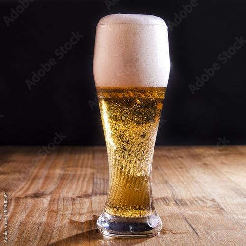Foto op Plexiglas Bier / Cider Bicchiere di birra