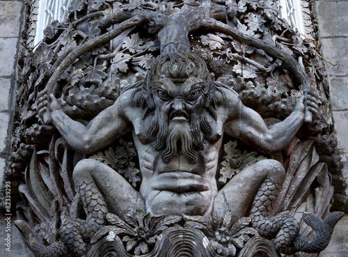 Fotografía Figure of a sea monster in a wall at the Palacio da Pena, Sintra