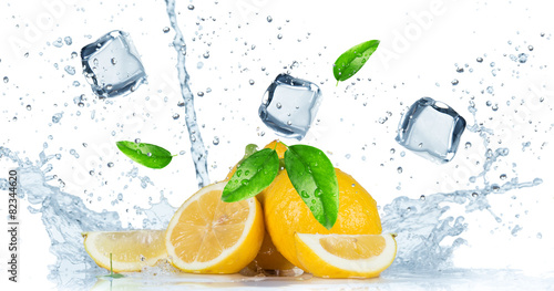 owoce-z-pluskiem-wody