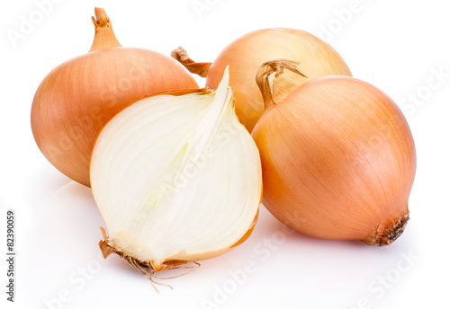 Fototapeta Fresh onion bulbs isolated on white background obraz