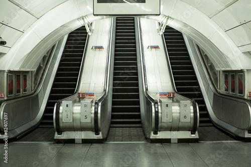 Fotografie, Obraz  Prázdný eskalátor metro