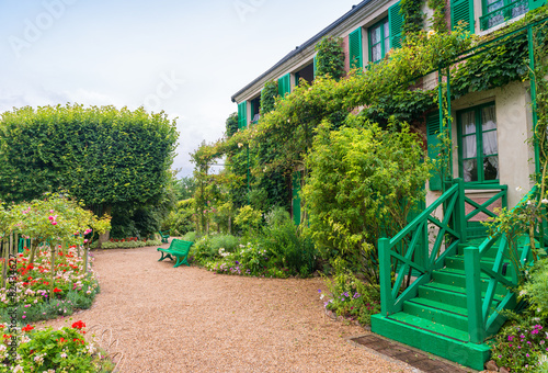 Foto  France Giverny Monet's garden on a spring day