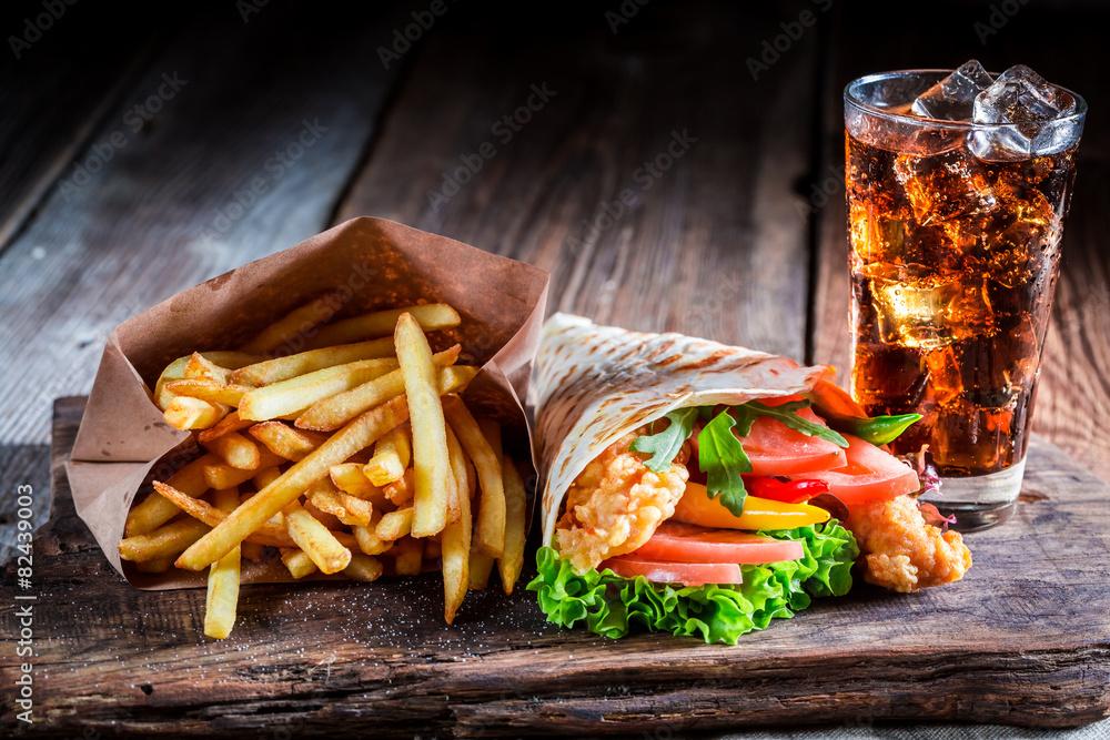 Fototapeta Fresh kebab with fries and cod drink