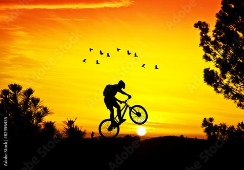 Foto op Plexiglas Fietsen deporte y tiempo libre en el campo