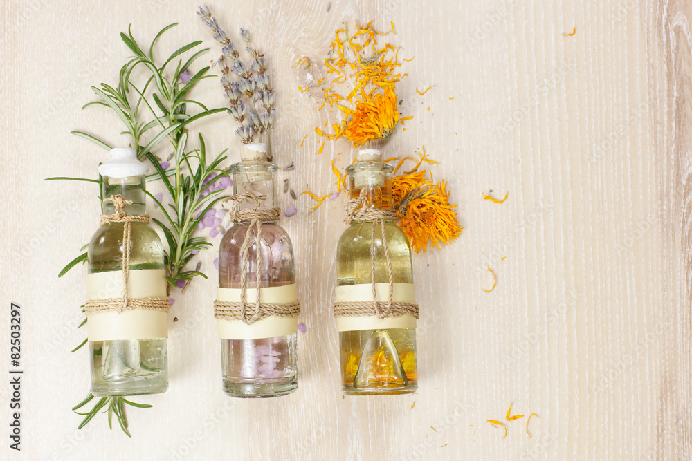 Fotografía  Aromatherapy massage oils