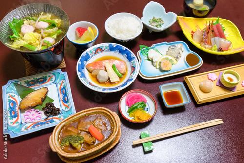Foto op Plexiglas Japan Abendessen im japanischen Ryokan