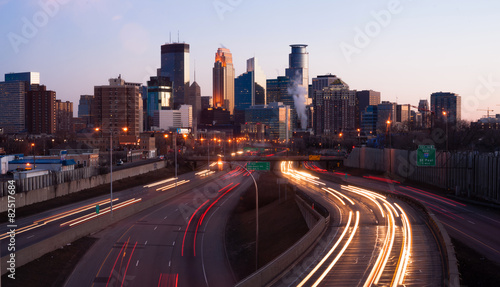 Ingelijste posters Centraal-Amerika Landen Rush Hour Traffic Elevated Freeway Sunrise Minneapolis Minnesota